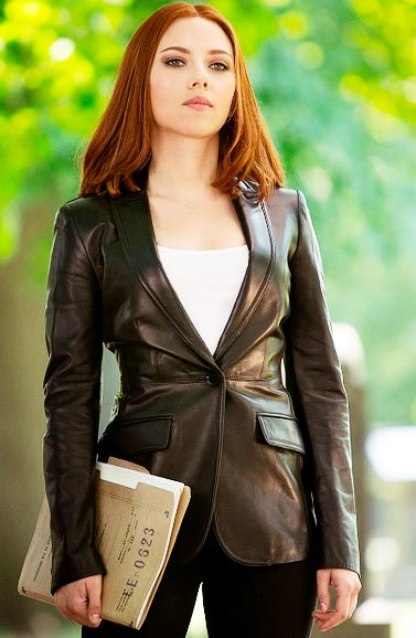 Scarlett-Johansson-Black-Jacket
