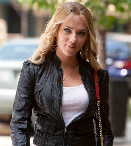 Scarlett_Johansson_Leather_Jacket__05570_std
