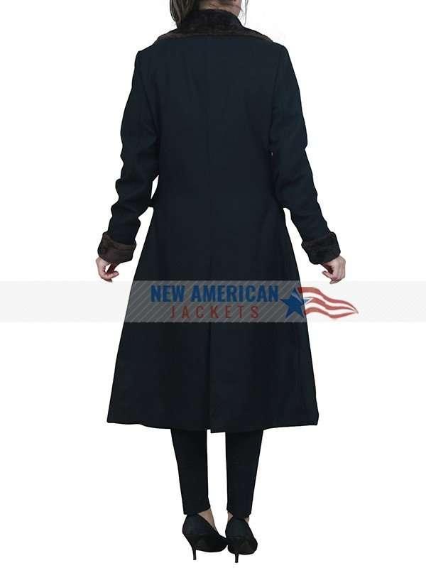 Jennifer Aniston Black Coat