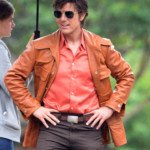 Tom Cruise in full late 70s fashion on the set of Mena in Ball G