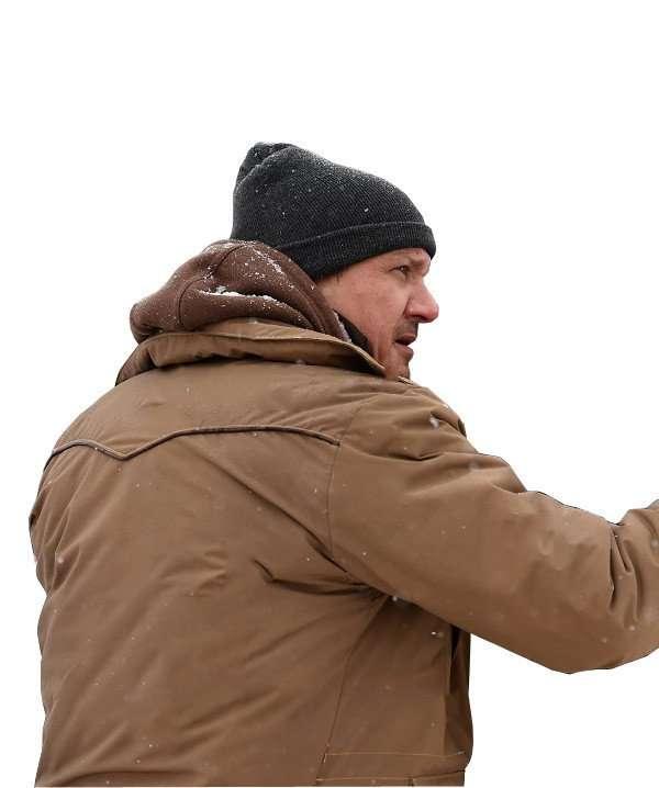Jeremy Renner and Elizabeth Olsen star in Wind River