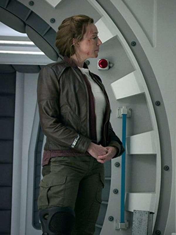Lost-in-Space-Maureen-Robinson-Brown-jacket
