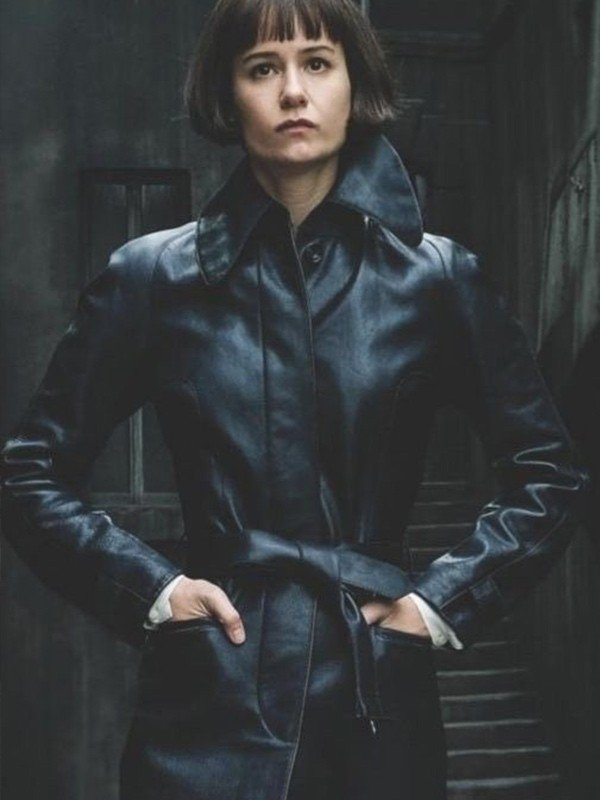 Fantastic Beasts 2 Katherine Waterston Black Coat