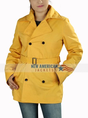 A Simple Favor Anna Kendrick Yellow Coat