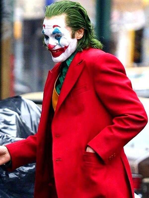 Arthur Fleck Joker Joaquin Phoenix Tuxedo