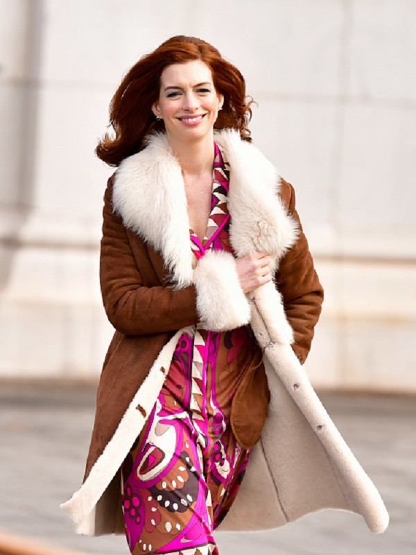 Anne Hathaway shearling Brown coat