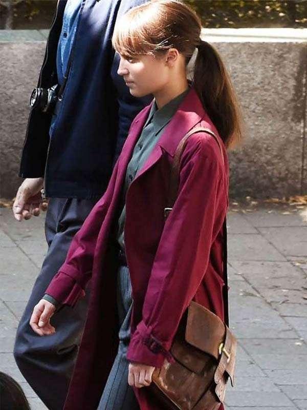 alicia vikander red coat