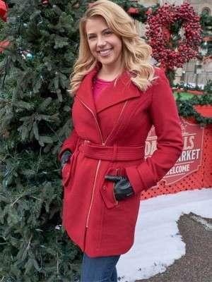 Jodie Sweetin Entertaining Christmas Coat
