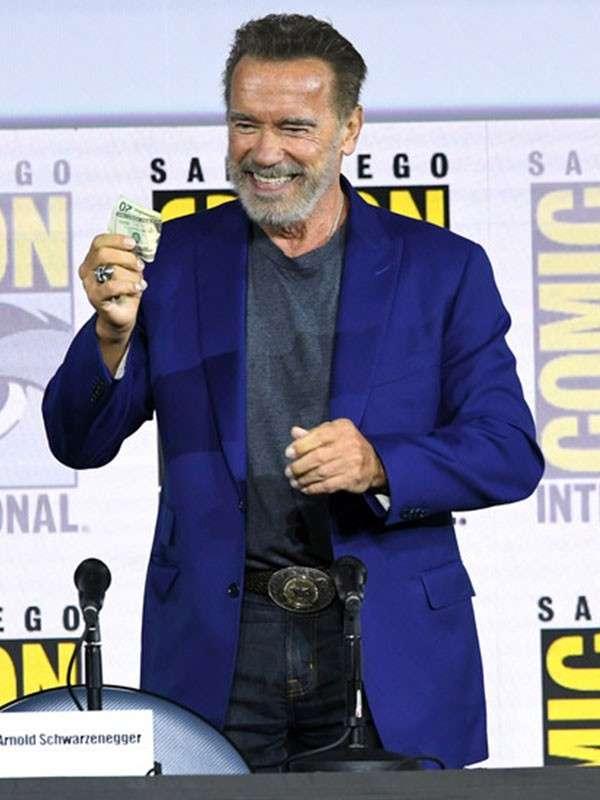 Film Terminator Dark Fate Event Arnold Schwarzenegger Blue Tuxedo