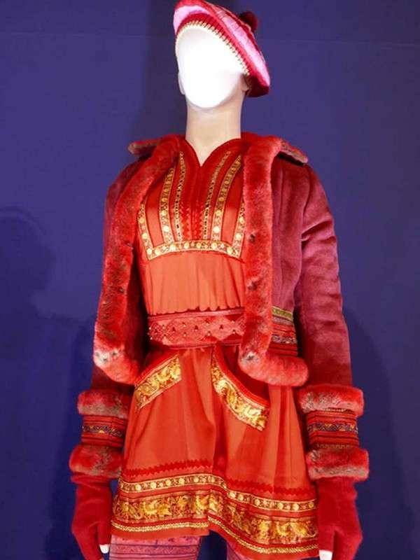 Red Anna Kendrick Jacket
