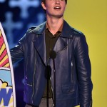 Teen Choice Awards Ansel Elgort Blue Jacket