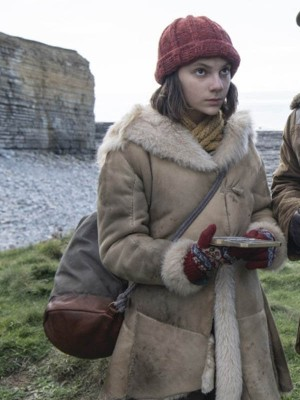 Dafne Keen His Dark Materials Lyra Belacqua Fur Shearling Coat