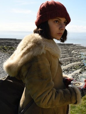 His Dark Materials Dafne Keen Fur Shearling Coat