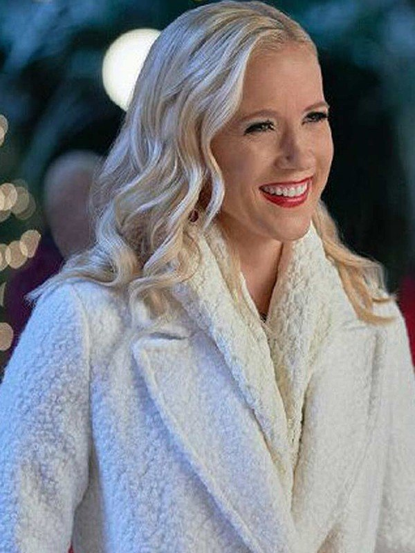 A Nashville Christmas Carol Vivian White Coat