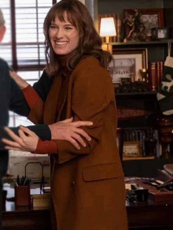 Mackenzie Davis Happiest Season Brown Coat
