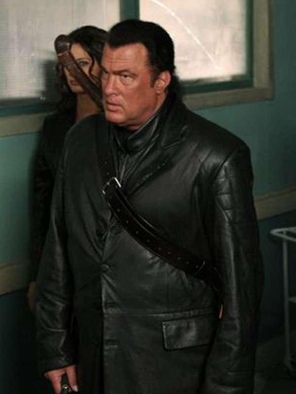 Tao Against the Dark Black Coat