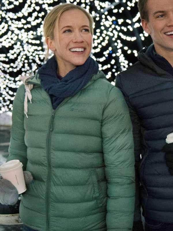 Amazing Winter Romance Jessy Schram Green Jacket