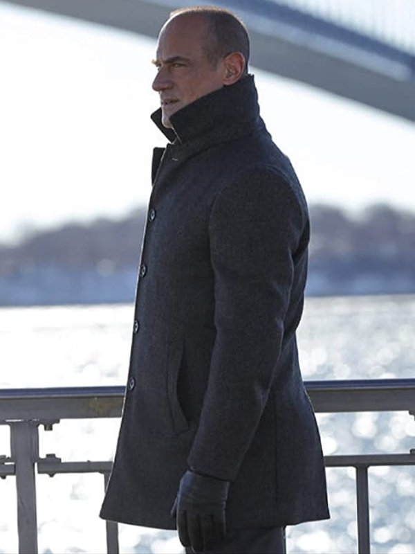 Christopher-Meloni-Law-and-Order-Organized-Crime-Elliot-Stabler-Coat