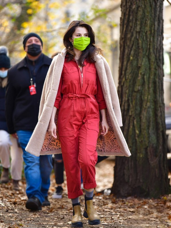Selena-Gomez-Only-Murders-in-the-Building-Shearling-Winter-Trench-Coat