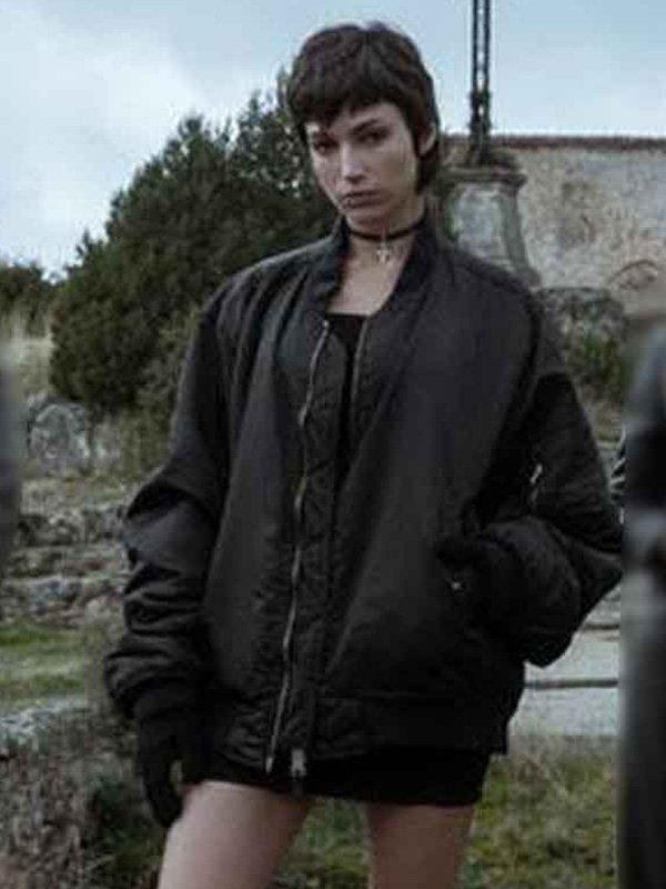 Úrsula Corberó Black Jacket