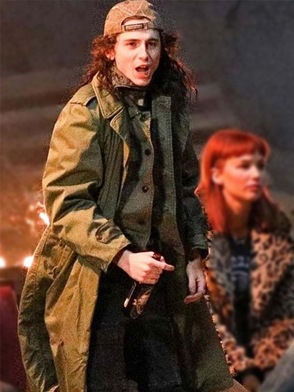 Dont-Look-Up-Quentin-Coat
